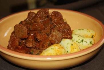 Picadinho de carne à Bavaria