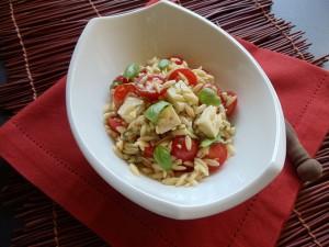 orzo com majericao e balsamico 1 300x225 Salada de orzo com tomates frescos e manjericão