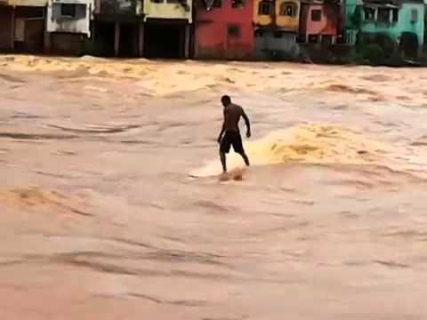 Enchentes no vale: um caso de polícia