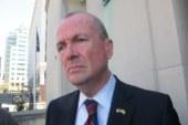 Ativistas pedem a Murphy carteiras para indocumentados em NJ