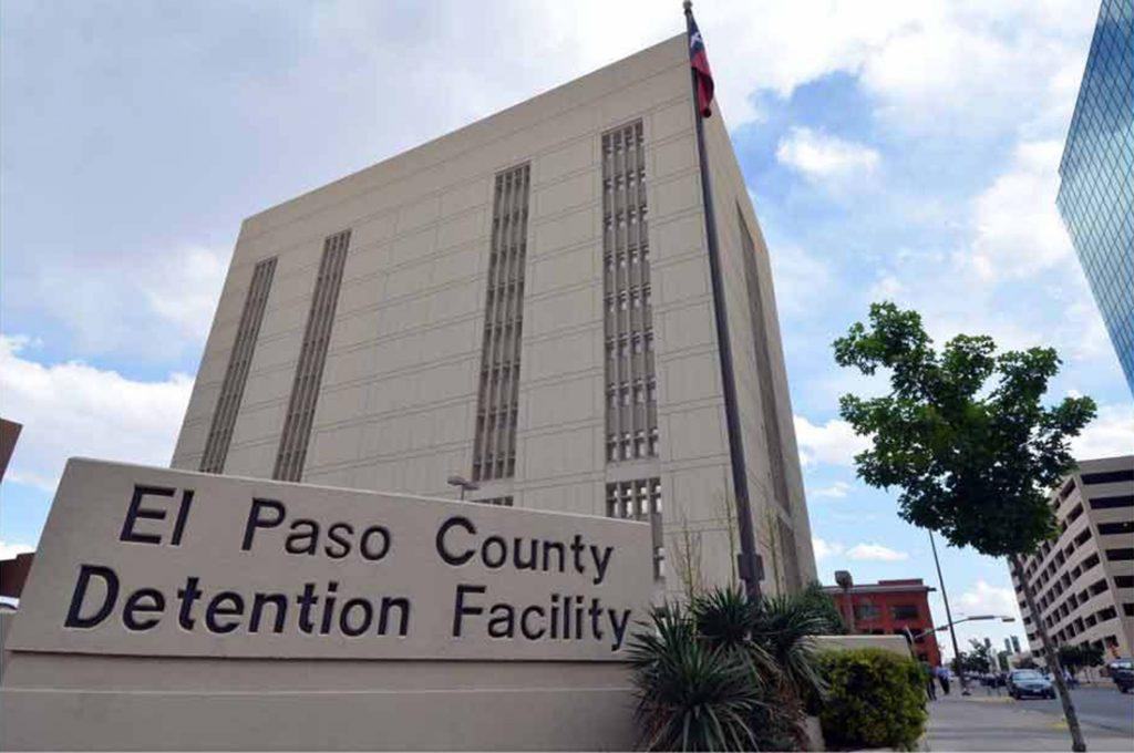 Foto28 El Paso Detention Facility 1024x680 Brasileira detida pela Imigração é separada do filho