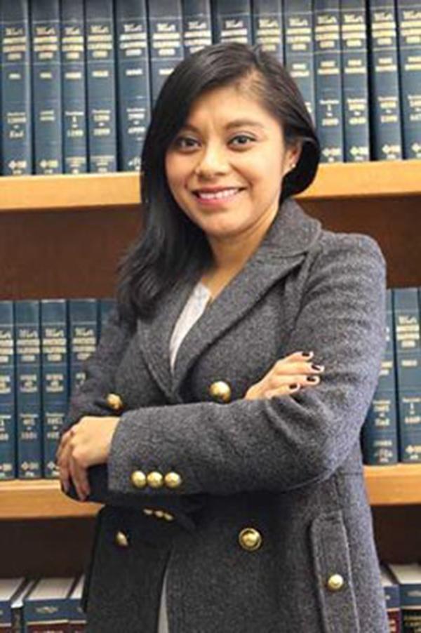 Foto10 Lizbeth Mateo  Califórnia indica 1º indocumentado para cargo estadual