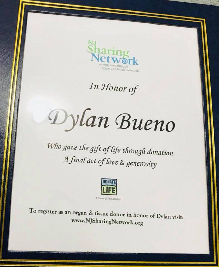 Foto21 NJ Sharing Network Família doa órgãos de adolescente morto em Newark
