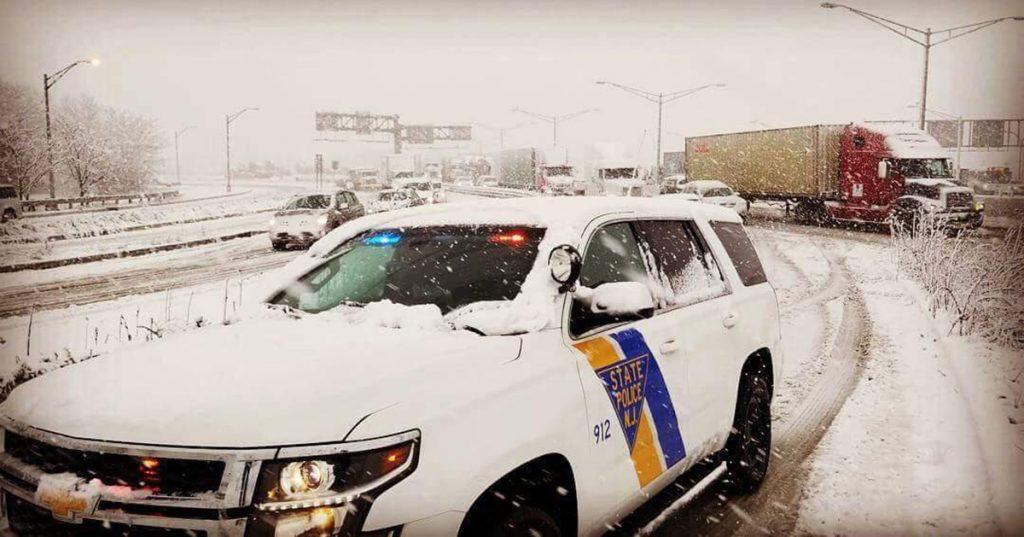 Foto7 Patrulha Estadual NJ Nevasca provoca 530 acidentes nas estradas de NJ