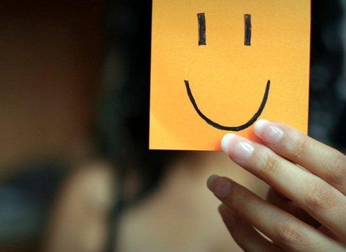 simpatia e educação Sorrir ainda é um dos melhores remédios