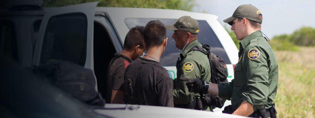 Foto16 Prisao na fronteira Imigração ilegal dispara 230% na fronteira dos EUA e México