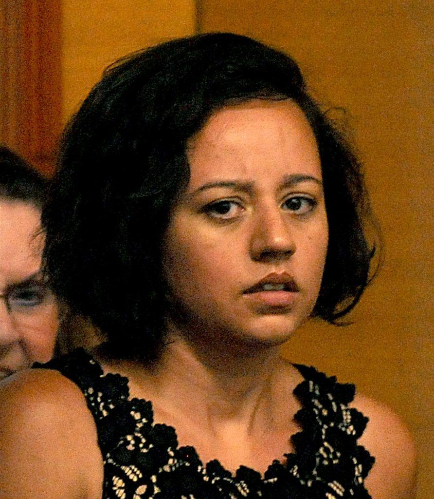 Foto11 Patricia S. de Sena  Brasileira procurada por assalto a banco é presa em MA