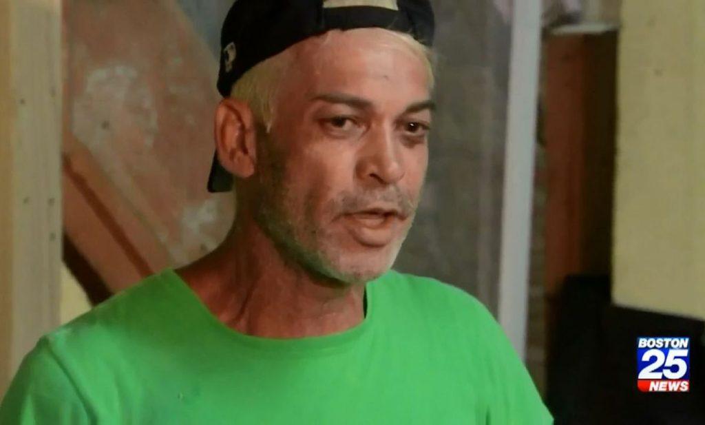 Foto1 Otoni Eliseu Sexo e drogas: Sem teto brasileiro é agredido e mantido em cativeiro