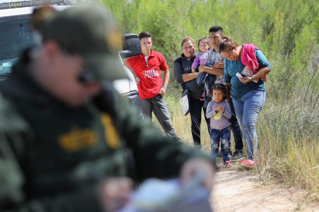 Foto4 Prisao na fronteira 463 pais podem ter sido deportados dos EUA sem os filhos