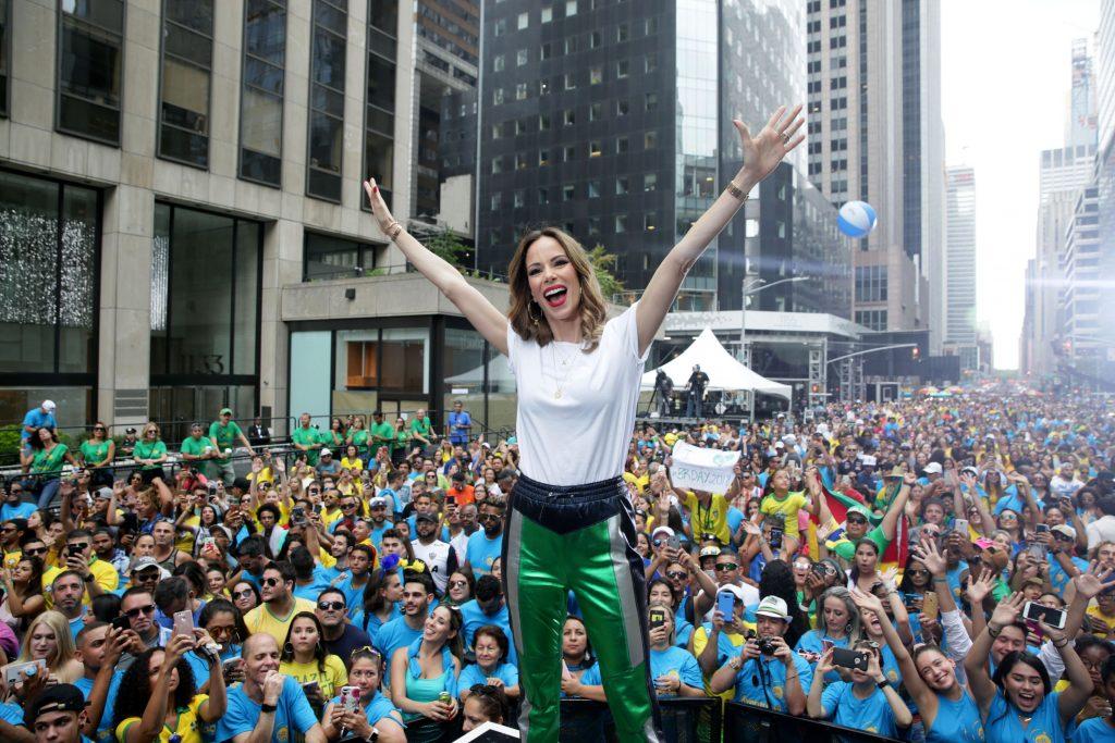 Ana Furtado no BR Day New York BR Day New York celebra as conquistas dos brasileiros nos EUA com muita música