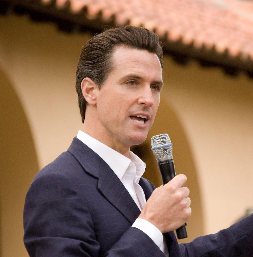 Foto23 Gavin Newsom Novo governador da Califórnia quer oferecer plano de saúde a indocumentados