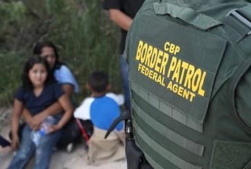 245 crianças foram separadas das famílias após proibição