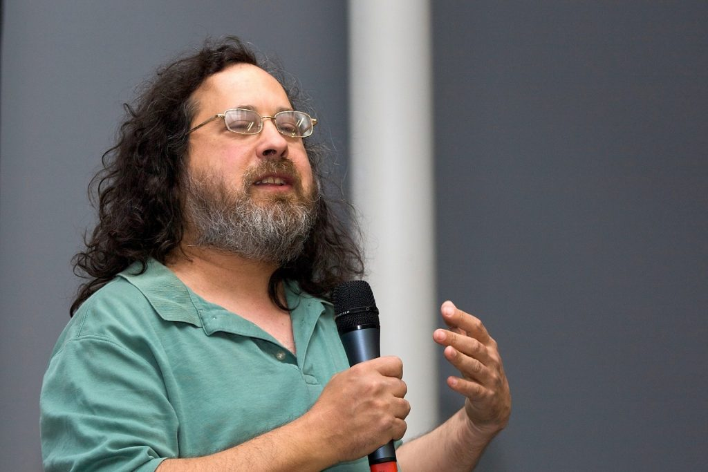 Foto31 Richard Stallman Celulares espiam e transmitem conversas, mesmo desligados, alerta analista