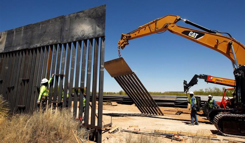 Foto19 Muro na fronteira Juiz bloqueia US$ 1 bilhão de verba para construção de muro na fronteira