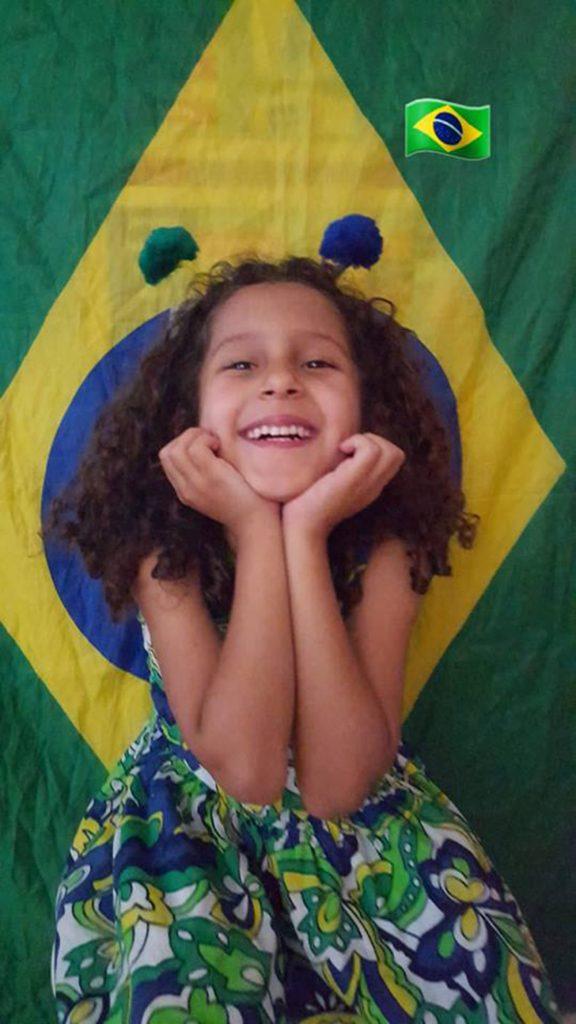 Foto7 Lavinia Brasileirinha busca doador compatível de medula óssea em Illinois