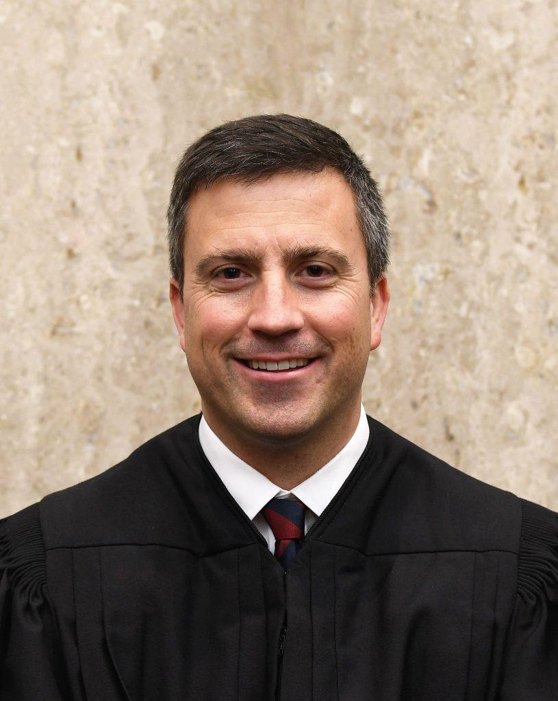 Foto28 Trevor McFadden Juiz veta pedido da Câmara de bloquear verba para o muro de Trump