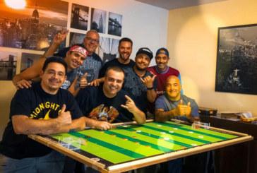 Brasileiros realizam 1º torneio temático de futebol de botão em NY