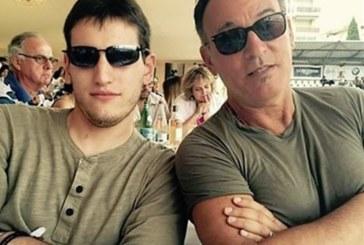 Filho de Bruce Springsteen vira bombeiro em NJ