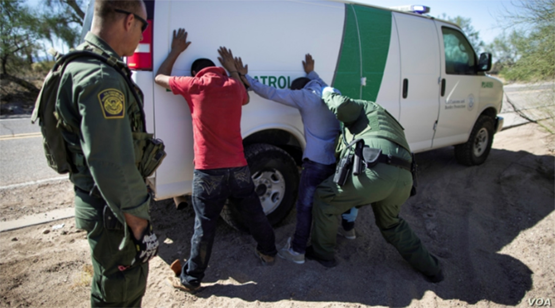 Foto20 Prisao na fronteira Prisões na fronteira EUA México caem 24% de junho a julho