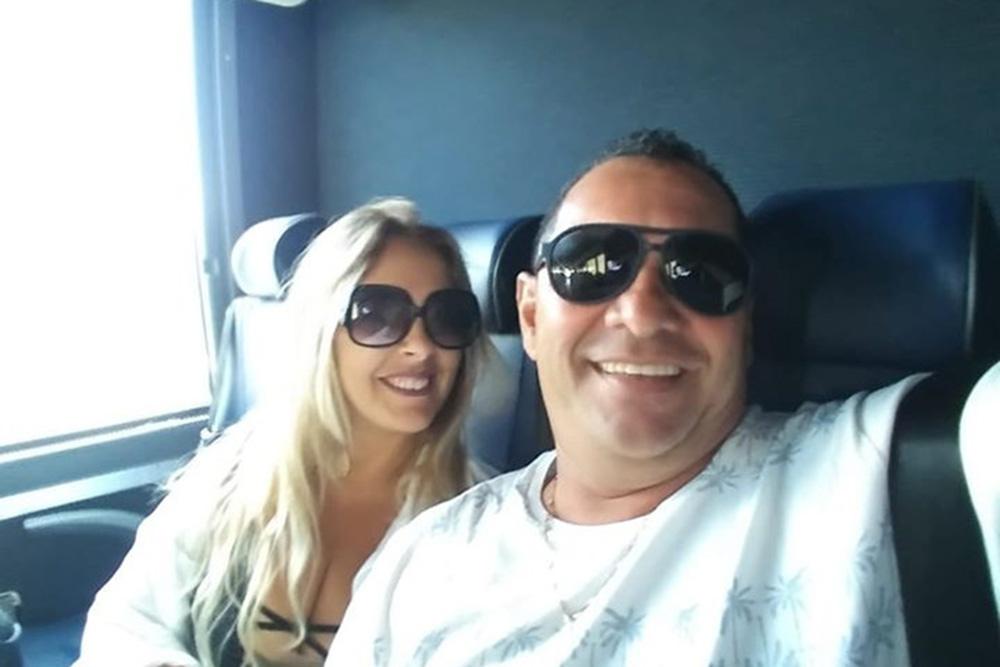 %name Brasileira tenta liberação de marido fotógrafo preso pelo ICE