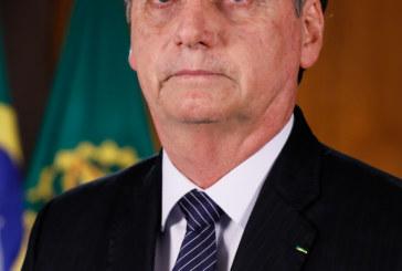 Bolsonaro isentará cidadãos chineses de visto para entrar no Brasil