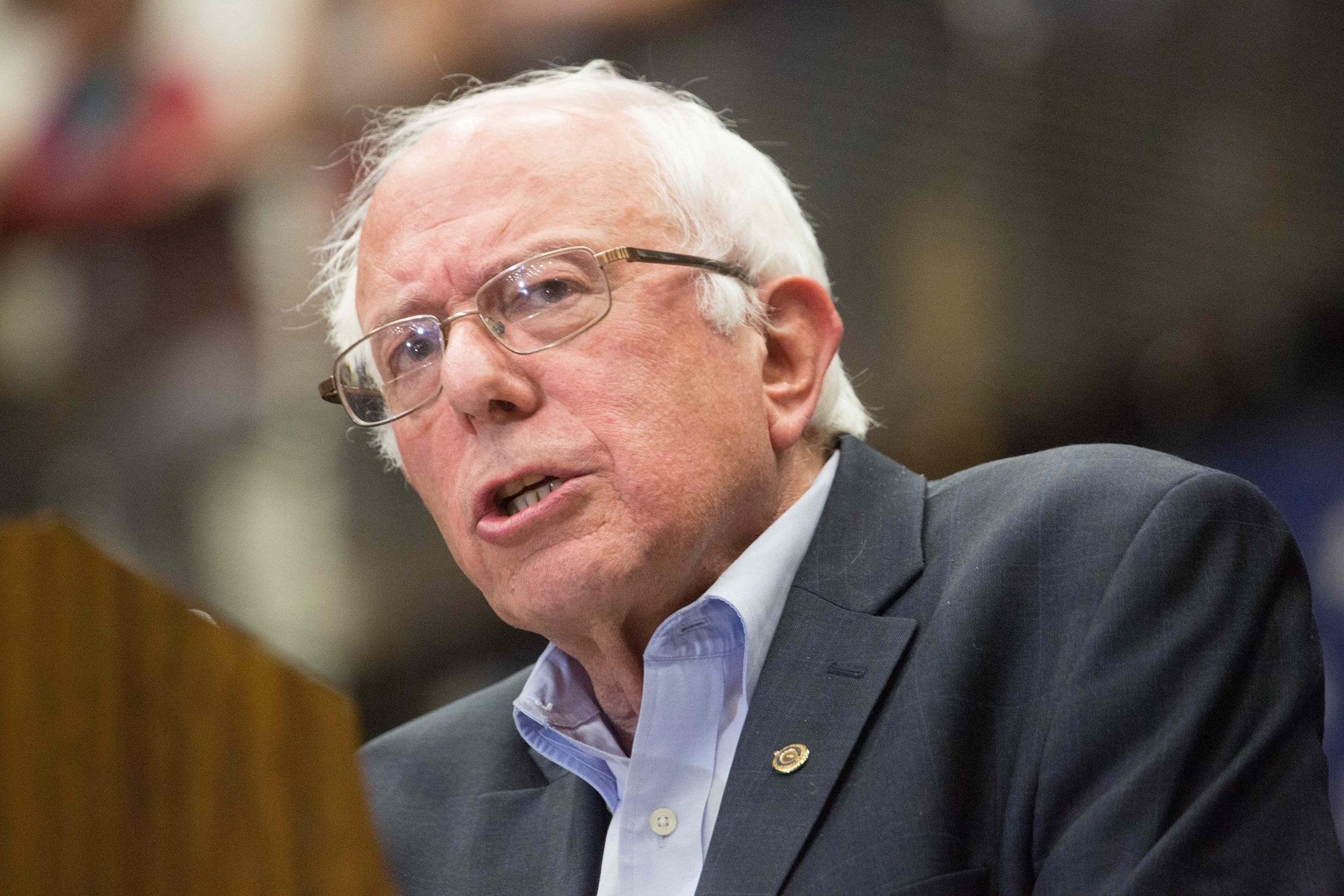Foto14 Bernie Sanders 002 Plano de Sanders inclui fim do ICE e legalização de indocumentados