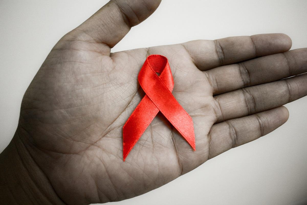 Brasileiro é preso por contaminar mulher com o vírus HIV