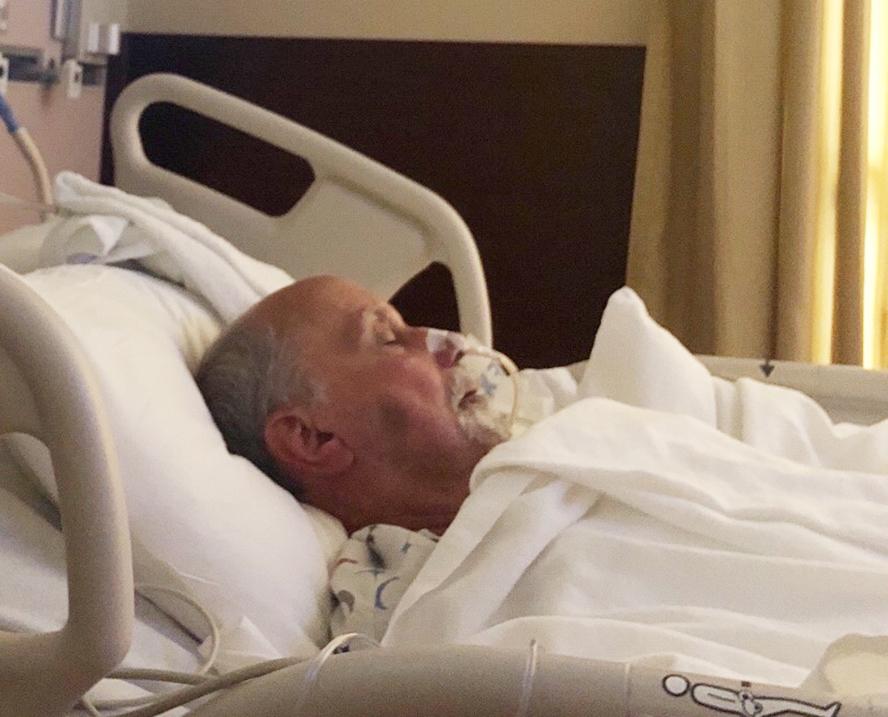 %name Brasileira pede ajuda para pai contra câncer esofágico na FL