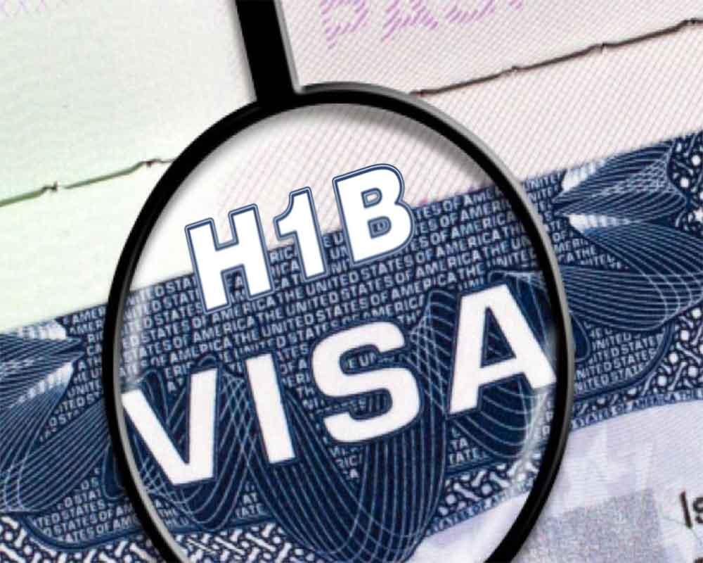 Foto23 Visto H 1B Casa Branca limita imigração legal aumentando tarifas e negando vistos