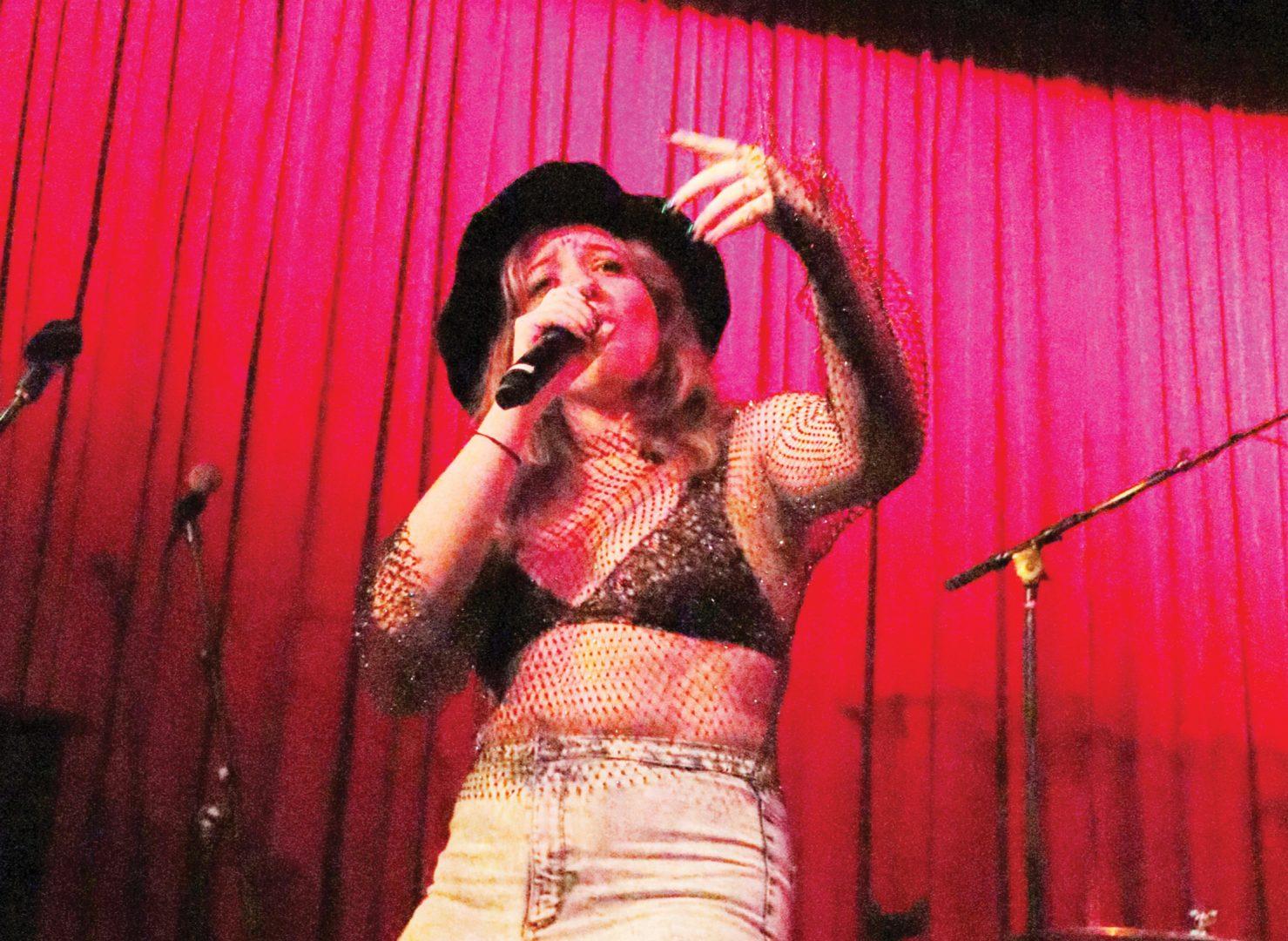 Foto28 Kimberly Barbosa Lily Lyon faz turnê na Costa Leste dos EUA