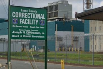 Ex-detento do ICE processa penitenciária de Newark (NJ)