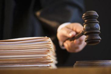 Juízes de imigração pedem demissão em resposta à política atual