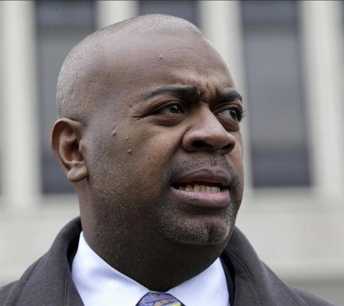 Foto21 Ras Baraka Prefeito de Newark diz que plano de batidas do ICE incita o ódio