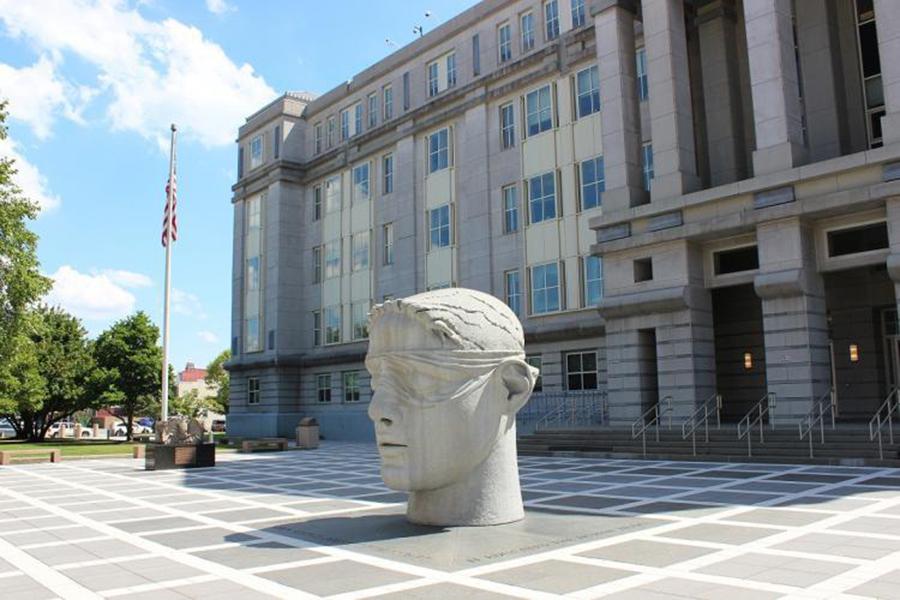 Foto23 Tribunal MLK Newark Corte condena ex policial em fraude no sistema de água em Newark