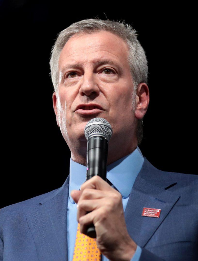Foto25 Bill de Blasio scaled NY: Blasio admite que criminalidade tem a ver com reforma de fianças
