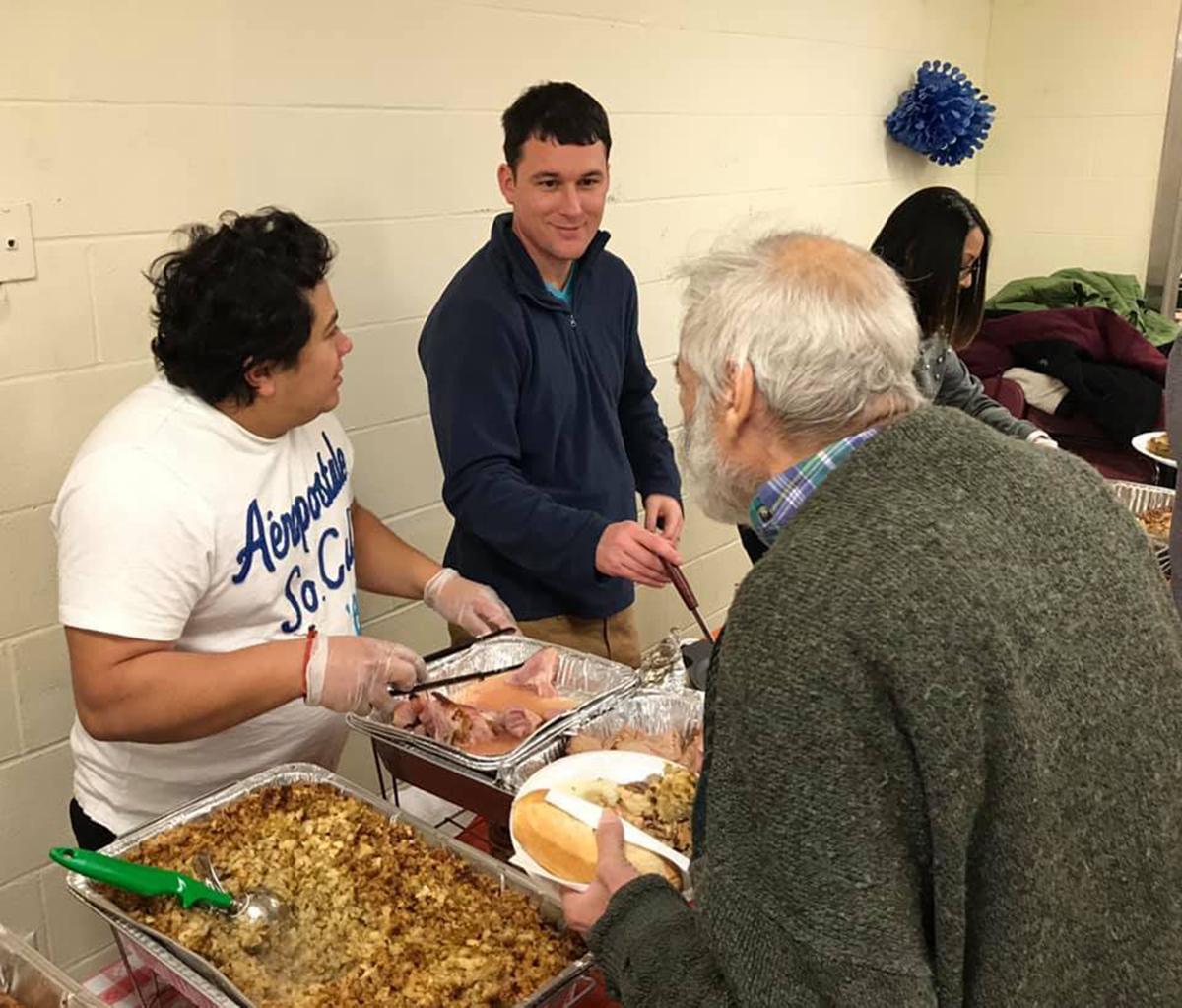 "Foto3 Don Bosco Soup Kitchen Ativistas se mobilizam para a reforma da ""Don Bosco Soup Kitchen"""