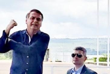Bolsonaro diz que teste para coronavírus deu negativo