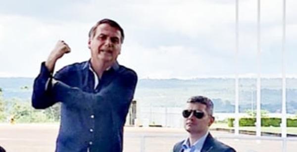 Foto13 Jair Bolsonaro Bolsonaro diz que teste para coronavírus deu negativo