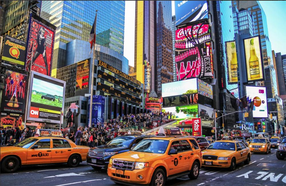 """Foto26 Times Square Restaurantes e bares fazem somente """"delivery"""" em NYC"""