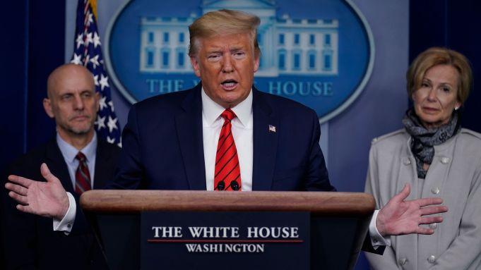 donald trump march 2020 Coronavírus: Trump promete suspender a quarentena nos EUA até a Páscoa