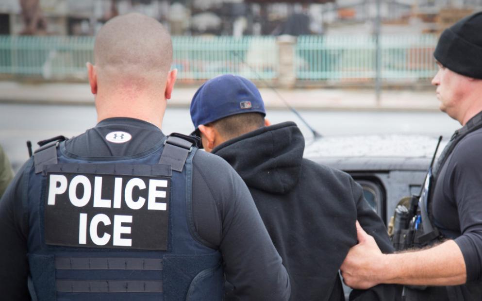 gelo Ativistas pedem suspensão de prisões do ICE em NJ