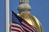 """Governdor ordena bandeiras a meio-mastro por tempo """"indeterminado"""""""
