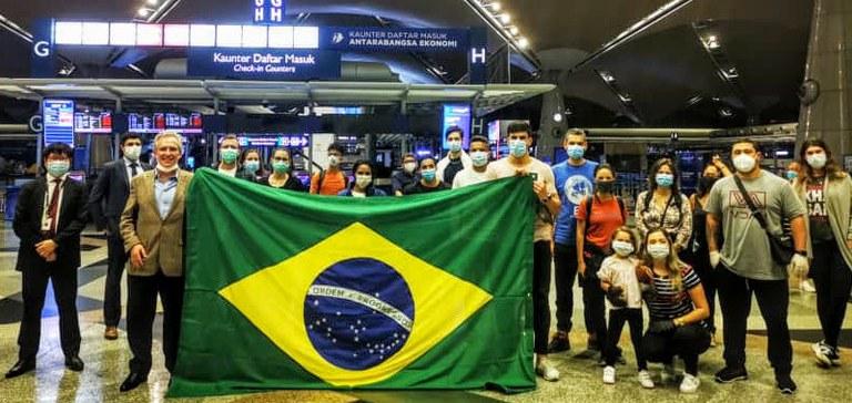 Itamaraty já auxiliou no retorno de cerca de 15.500 brasileiros