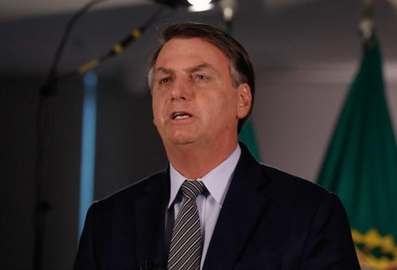 """Bolsonaro é denunciado por """"crime contra a humanidade"""""""