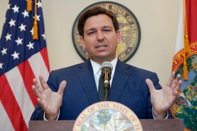 Ron DeSantis Flórida iniciou restrições de circulação ao 1º minuto de sexta feira (3)