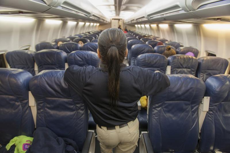 Voo ICE ICE retornou aos EUA 113 cidadãos em voo de deportação à Honduras