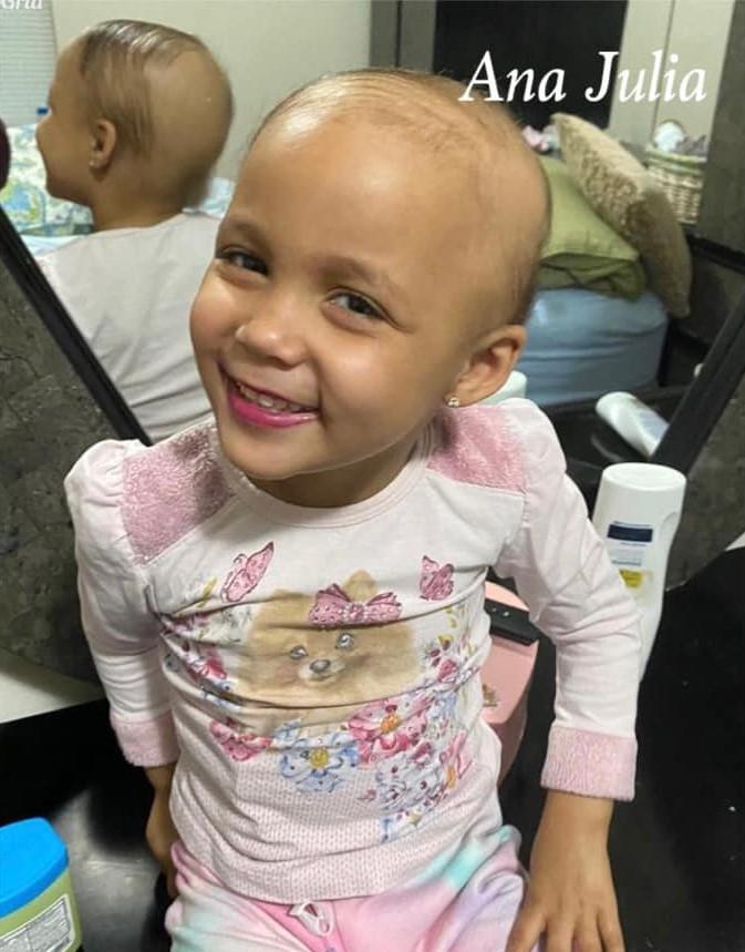 Ana Julia Brasileirinha luta contra leucemia aguda em New Jersey