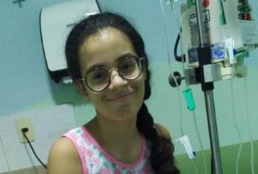 Brasileirinha luta contra a leucemia e busca doador compatível