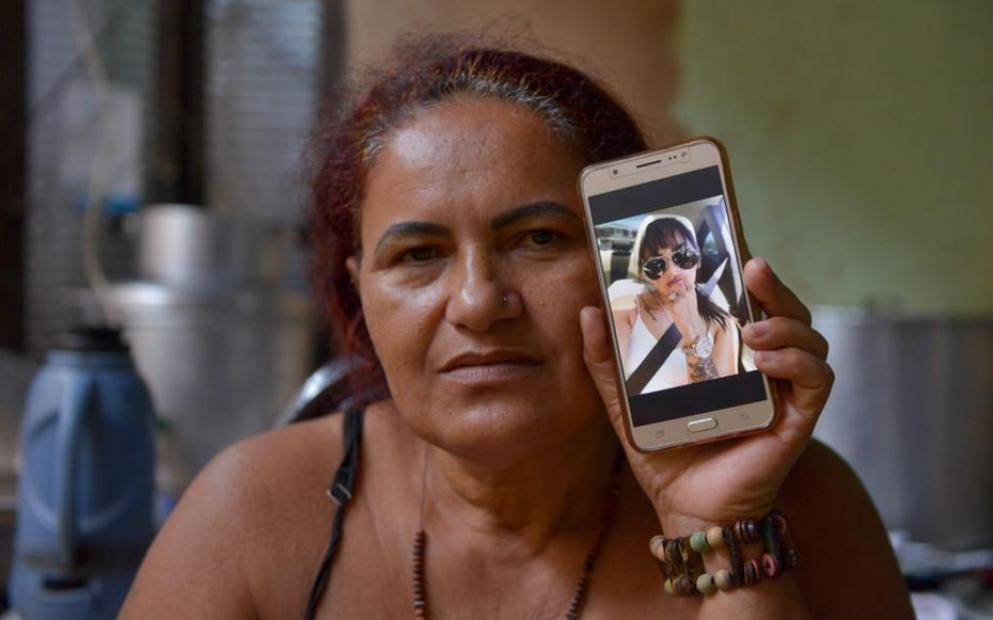 Delma Felix Amiga faz campanha para mãe de brasileira assassinada na Califórnia