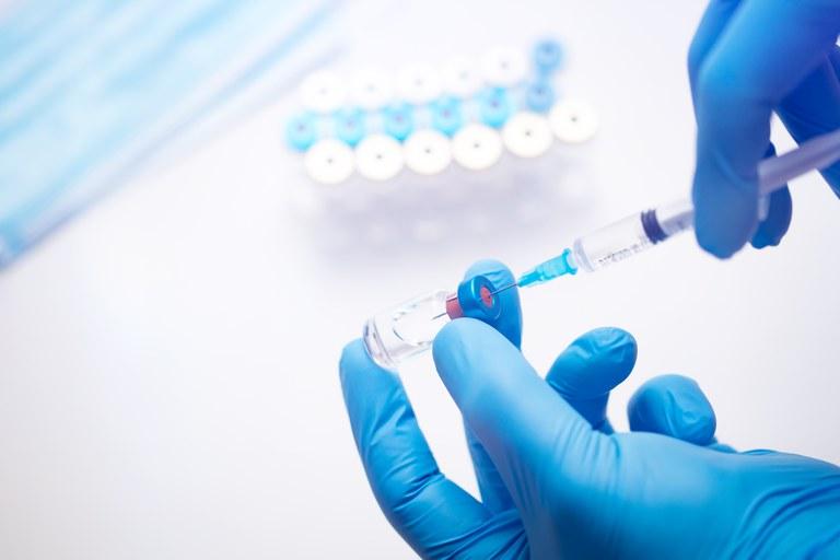 Brasileiros farão parte de coalizão internacional para vacina contra o coronavírus